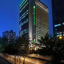 Holiday Inn Chengdu Oriental Plaza in Chengdu