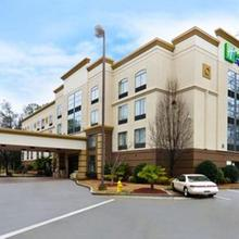 Holiday Inn Express Atlanta - Northeast I-85 - Clairmont Road in Atlanta