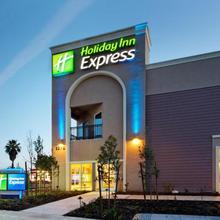 Holiday Inn Express Benicia in Vallejo