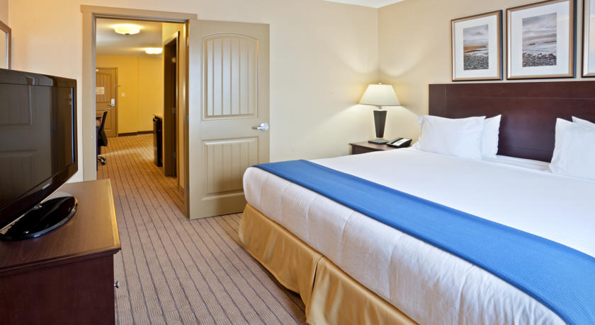 Holiday Inn Express Hotel & Suites Courtenay Comox Valley SW in Comox