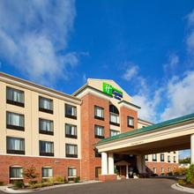 Holiday Inn Express Hotel & Suites Detroit-utica in Utica