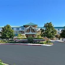 Holiday Inn Express Hotel & Suites Elk Grove / East in Laguna West