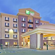 Holiday Inn Express Hotel & Suites Lynnwood in Everett