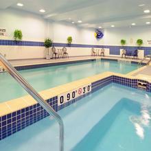 Holiday Inn Express Hotel & Suites Belleville in Trenton