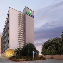 Holiday Inn Express Pune Hinjewadi in Talegaon Dabhade
