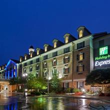 Holiday Inn Express State College At Williamsburg Square in State College