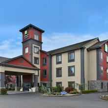 Holiday Inn Express Vancouver North in Portland