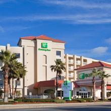 Holiday Inn Hotel & Suites Daytona Beach On The Ocean in Daytona Beach