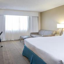 Holiday Inn Palm Beach-airport Conference Center in West Palm Beach