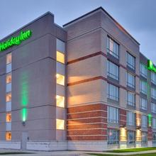 Holiday Inn Sarnia Hotel & Conference Centre in Port Huron