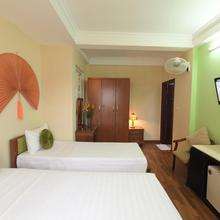 Holiday Lakeview Hotel in Hanoi