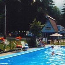 Holiday Motel & RV Resort in Hope