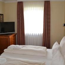 Holzapfel Hotels in Schonburg