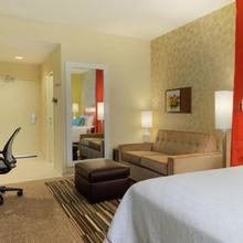Home2 Suites By Hilton Mobile I-65 Government Blvd in Mobile