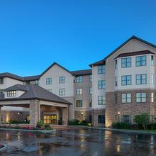 Homewood Suites By Hilton Carle Place/westbury, Ny in Wantagh