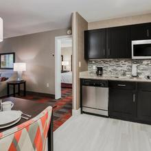 Homewood Suites By Hilton Long Island-melville in Amityville