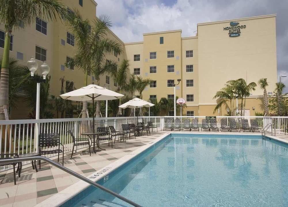 Homewood Suites By Hilton Miami Airport West In