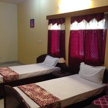 Homeystay in Dhauj