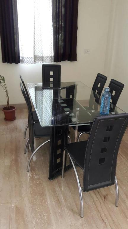 Honey Hospitality Services in Chinchvad
