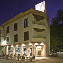 Hostal Alcalá Del Jucar in Alborea