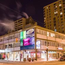 Hostel Royal Plaza in Winnipeg