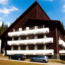 Hostel Tale - Dom Horskej Sluzby in Valaska