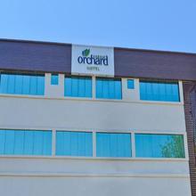 Hotel Aaram Orchard in Ahmedabad