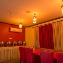 Hotel Aarian Aatithya in Chandrapur Bagicha