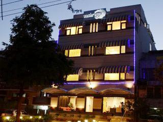 Hotel Aashraye in Faridabad