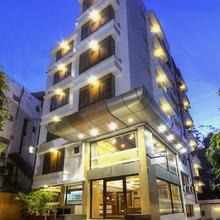 Hotel Accolade in Ahmedabad