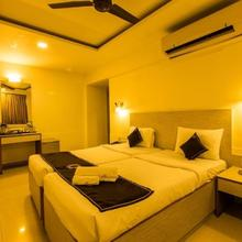 Hotel Ace Residency in Malad