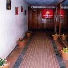 Hotel Adeenaa Palace in Valsad
