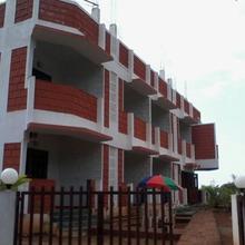 Hotel Adima in Dapoli