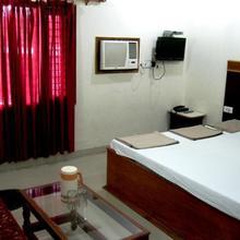Hotel Ajay International in Agra