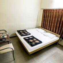 Hotel Akashdeep in Hatia