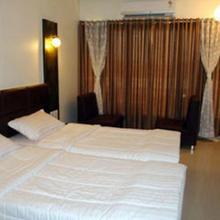 Hotel Alfa in Surat