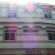 Hotel Alisha in Lal Kuan