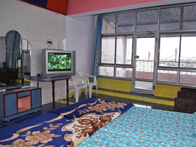 Hotel Alishan Diu in Una