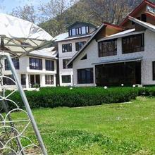 Hotel Alpine K2 in Pahalgam