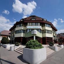 Hotel Amadeus in Mogyorod