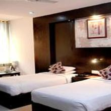Hotel Amanda in Lucknow