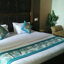 Hotel Ambassador Dehradun in Dehradun