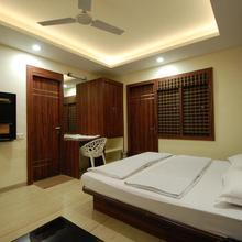 Hotel Ambassador in Sinhasa
