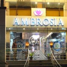 Hotel Ambrosia in Jhansi