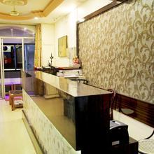 Hotel Amrapali in Badnera