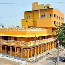 Hotel Anandhiram Heritage in Kil Kasakkudi