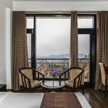 Hotel Andaz Shimla in Sabathu