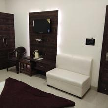 Hotel Anjali Mahal in Mathura