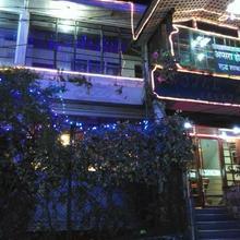 Hotel Apsara (pure Veg) in Darjeeling