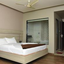 Hotel Aqua Regency in Vasai